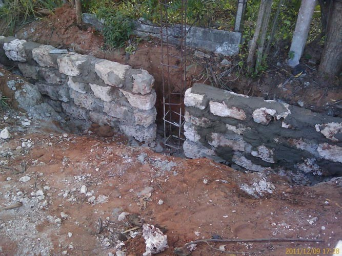 6-THE-WALL-CONSTRUCTION-2011-2012-2